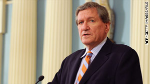Richard Holbrooke fell ill Friday during a meeting with Secretary of State Hillary Clinton.