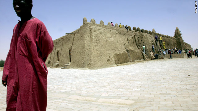 The ancient Djinguereber mud mosque in Timbuktu