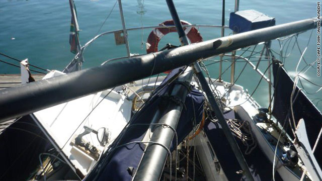 The whale brought down the mast and rigging on the 10-meter long Intrepid.