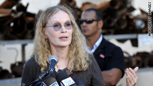 Mia Farrow will appear at Charles Taylor's trial on Monday.