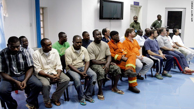 Nigerian authorities freed the 19 hostages seized in the Niger Delta region on Wednesday.