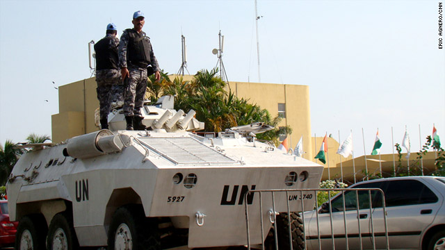 The United Nations beefs up security at the hotel hosting Allassane Ouattara's goverment.