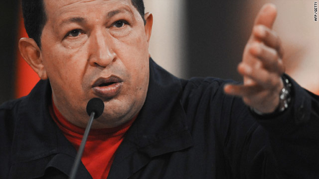 Hugo Chavez has accused Colombian officials and right-wing paramilitary units of plotting his assassination.