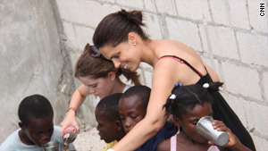 Soledad O'Brien took her 9-year-old daughter, Sofia, to visit the Light House orphanage in Haiti.