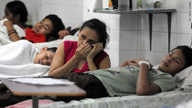 Dengue patients are treated at a hospital in Tegucigalpa, Honduras. The virus has caused a national emergency.