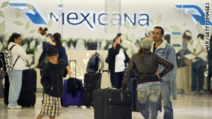 Grupo Mexicana suspended the operations of all three of its airlines Saturday.