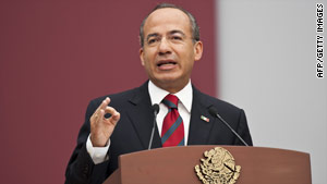 Mexican President Felipe Calderon delivers his state-of-the-nation address Thursday in Mexico City.