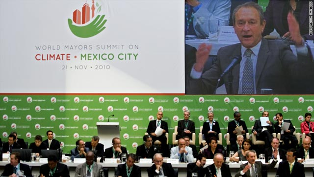World mayors met in Mexico City on Sunday to commit to regular reporting of urban emissions data and mitigation strategies.