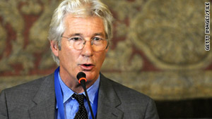 Richard Gere joined a group of NGOs outside the United Nations Friday rallying for release of Liu Xiaobo.