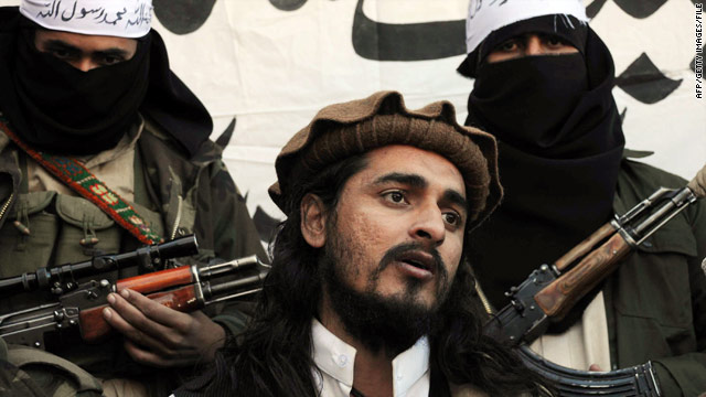 Taliban leader Hakimullah Mehsud speaks to reporters in Mamouzi, Pakistan, in 2008.