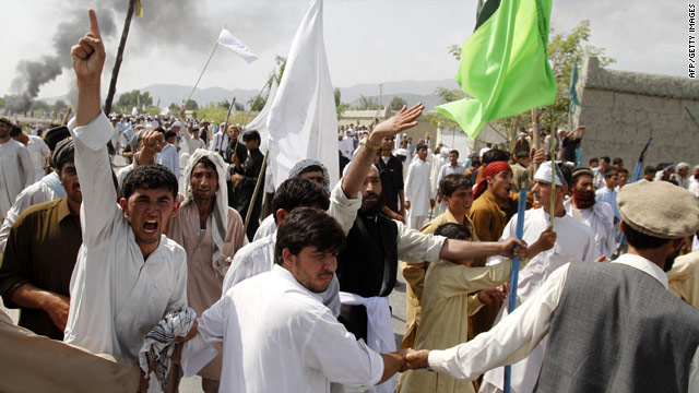 2 killed in Afghan protest over Quran-burning plan