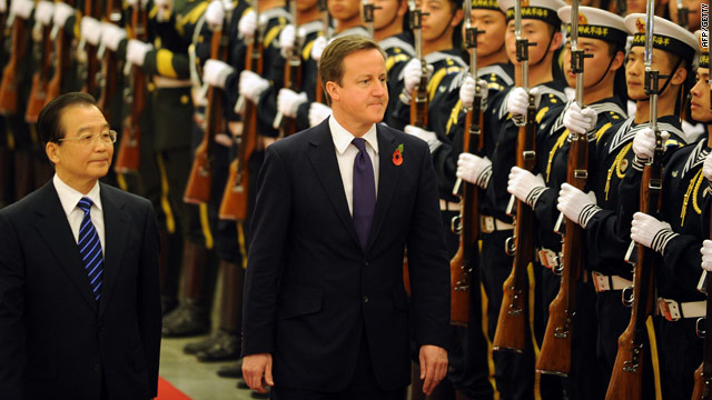 Chinese premier Wen Jiabao (left) and UK Prime Minister David Cameron in Beijing, China on November 9.