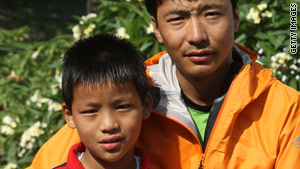 Sherpa Pemba Dorje and his son Tseten say they'll climb Everest in 2011.