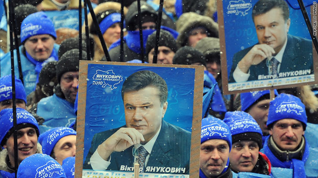 Supporters of Viktor Yanukovich rally in front of the Central Election Commission in Kiev on February 8, 2010.