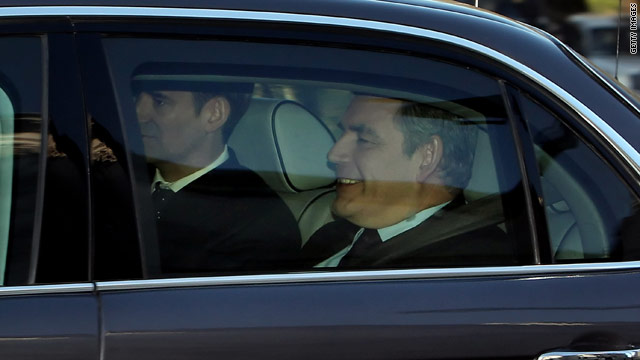 British Prime Minister Gordon Brown arrives at the Iraq Inquiry to give his testimony about the 2003 conflict.