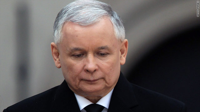 Jaroslaw Kaczynski attends the funeral of his brother at Wawel Castle on April 18.