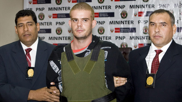 Dutch media criticized Peruvian police for placing van der Sloot in front of television cameras.