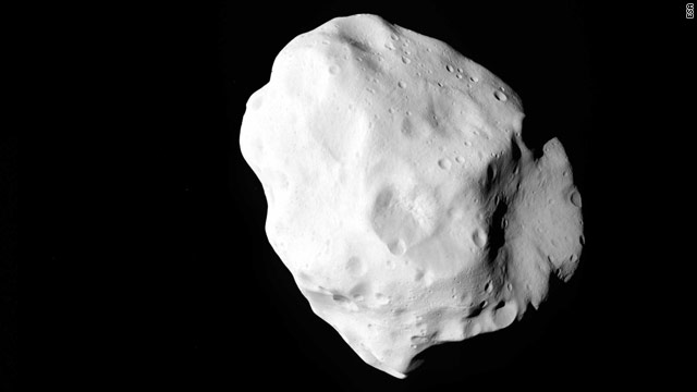 Probe sends detailed asteroid images