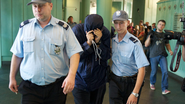 File photo from August 5, 2010, showing alleged spy Uri Brodsky arriving at a Warsaw appeal court.