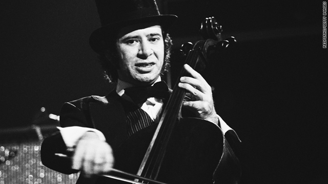 Michael Edwards, pictured in concert in 1974, played cello for the Electric Light Orchestra, a popular rock group of the 1970s.