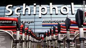 It is the second time in less than a month that people were arrested at Schiphol Airport on suspicion of terror links.