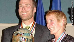 Richard Abruzzo and Carol Rymer-Davis won the Gordon Bennett race in 2004.