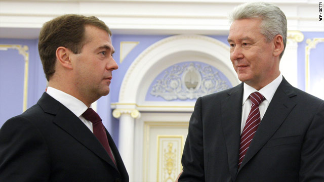 Russian President Dmitry Medvedev (L) with Sergei Sobyanin on October 15, 2010. Sobyanin was elected Mayor Thursday.