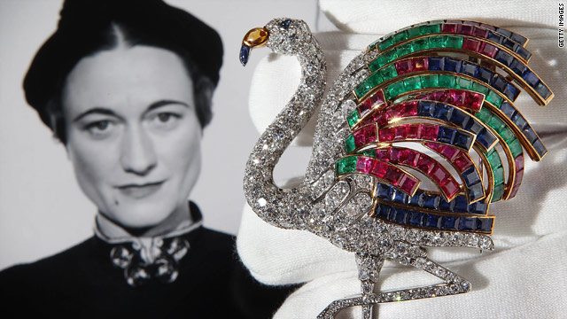 A diamond flamingo brooch with feathers of rubies, sapphires and emeralds is estimated to go for between £1 and 1.5 million.