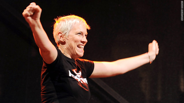 Annie Lennox was honored for her work fighting AIDS and poverty in Africa.