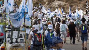 Thousands of supporters march to Jerusalem to spur the release of captured Israeli solider Gilad Shalit.