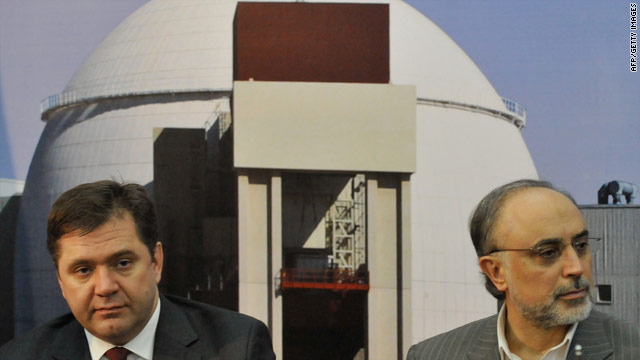 Iran's atomic chief Ali Akbar Salehi (R) and Russian Energy Minister Sergei Shmatko hold a press conference  at the Bushehr nuclear power plant in November last year.