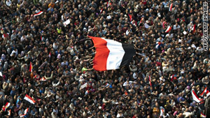 Hundreds of thousands of demonstrators gather at Cairo's Tahrir Square