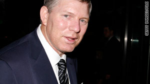 Ex-outfielder Lenny Dykstra is accused of getting rid of property without permission of a bankruptcy trustee.