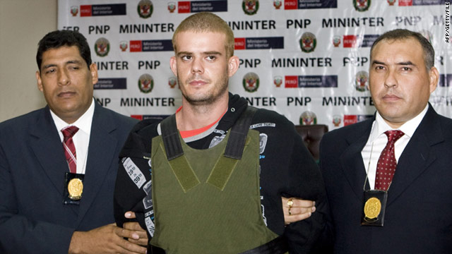 Joran van der Sloot, center, is escorted by Peruvian police in Lima on June 5, 2010.