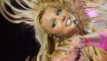 tzleft.britney.spears.gi.jpg