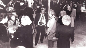 One of Huie's photos showed Withers socializing at a Memphis art show in 1995.