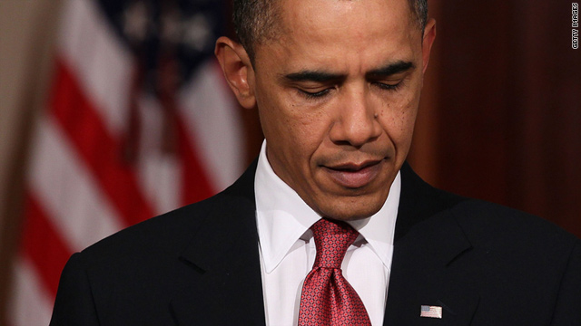 "U.S. President Barack Obama has warned his Egyptian counterpart the transition of power ""must begin now""."