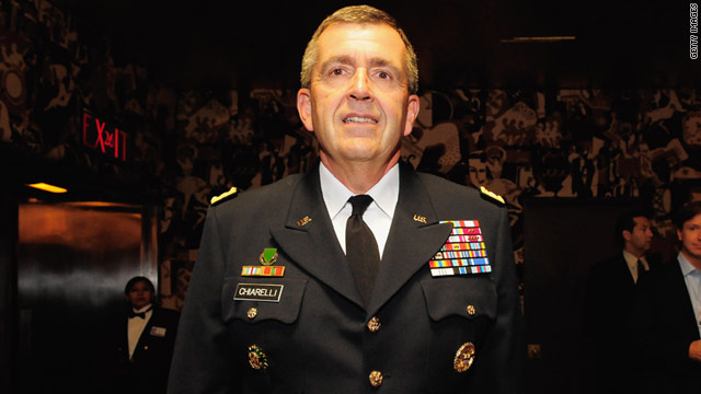 General Peter Chiarelli attends 'A Salute To Our Troops' pre-show of the Radio City Christmas Spectacular in 2008.
