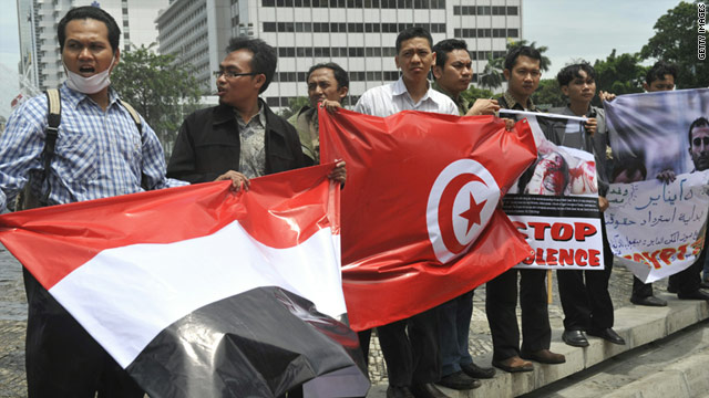 Indonesian pro-democracy demonstrators at a rally in Jakarta on January 31, 2011.
