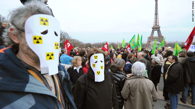 Fears of a nuclear disaster in Japan following the devastating quake and tsunami have sparked anti-nuclear protests across Europe.