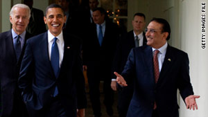 Pakistani President Asif Zardari, right, meeting with U.S. President Obama in 2009.