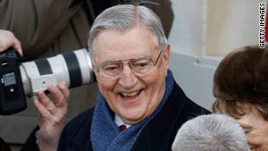 story.mondale.gi.jpg