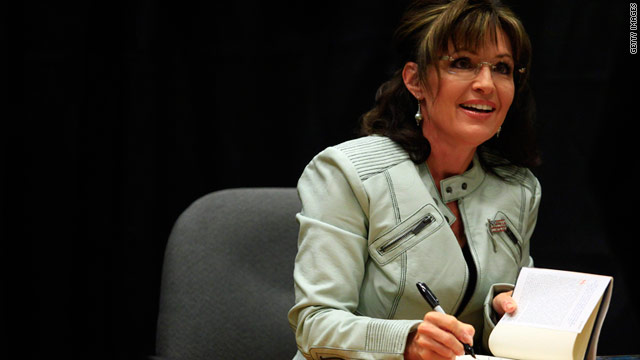Sarah Palin signs her new book on November 23 in Phoenix, Arizona.