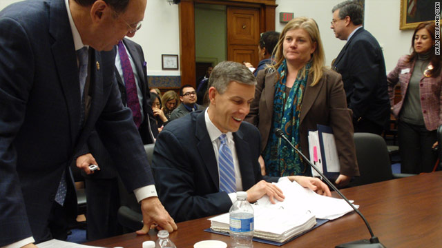 "Education Secretary Arne Duncan, center, says that four out of five schools in the United States will not make their ""No Child Left Behind"" benchmarks by 2014."