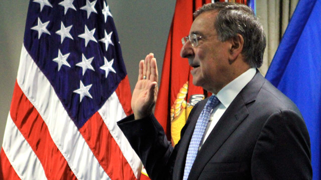 Leon Panetta gets sworn in Friday as U.S. defense secretary in a ceremony at the Pentagon.