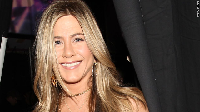 "Before she became Rachel Green, Jennifer Aniston was apparently being courted to be a cast member on ""SNL."""
