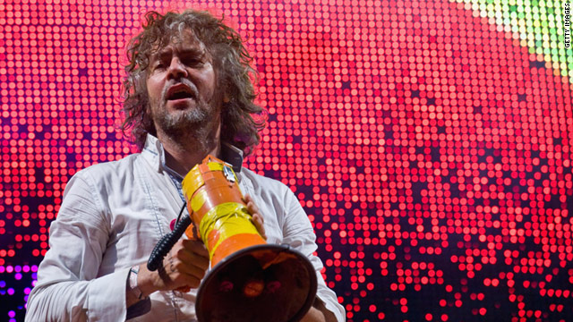 Frontman Wayne Coyne of the Flaming Lips (at Glastonbury Music Festival) was on stage for the Tibet House show last night.