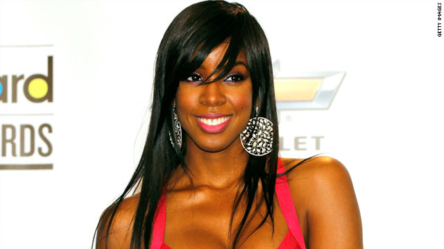 Singer and former Destiny's Child member Kelly Rowland is sitting pretty these days atop the charts.