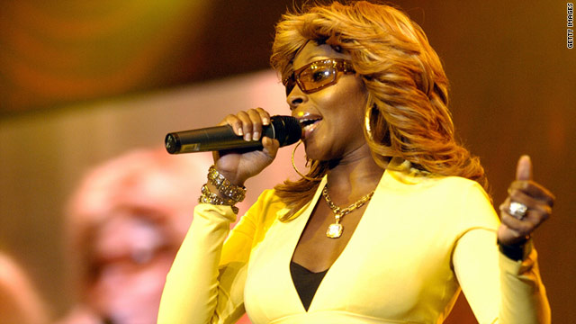 "Mary J. Blige performed ""Just Fine"" to close out the three-day festival."