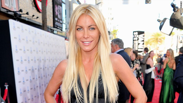 Just one weekend after hanging poolside in Las Vegas with Heidi Montag, Crystal Harris, 25, again hit the party circuit.